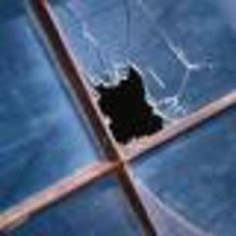в Черноморском районе школьники забросали камнями мечеть