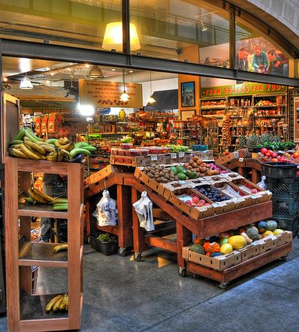 Barnum opent een fruit -en snoepwinkel in Bethel