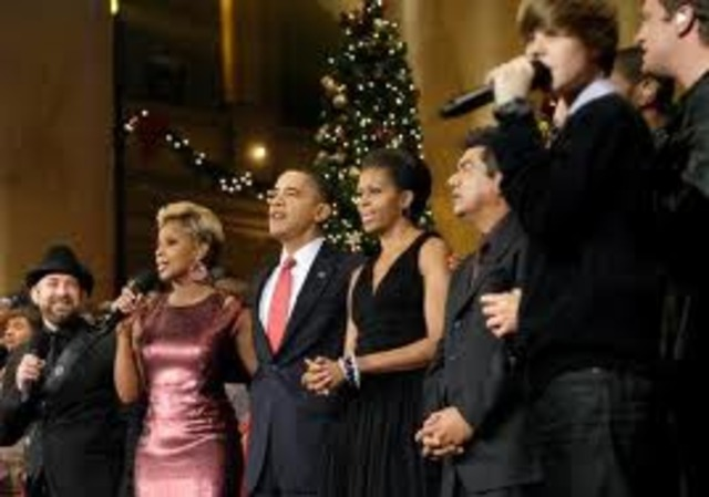 Justin Bieber Performs at the White House