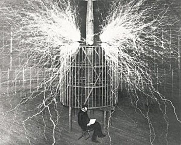Tesla descubre los rayos X