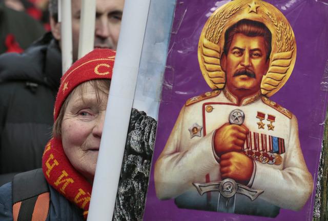Massive collectivization push in Russia under Stalin