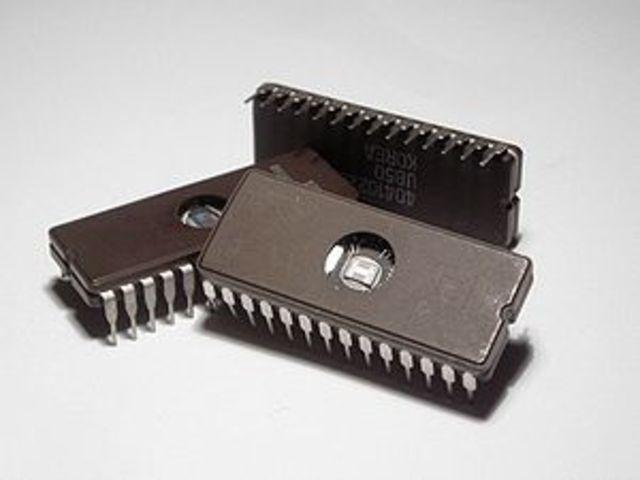 Invento del circuito integrado:1958