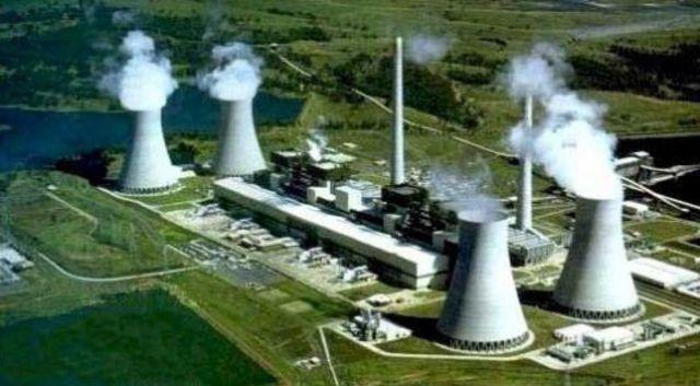 primera central de energia nuclear