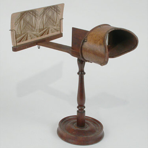 First stereoscope (3D image projecter)