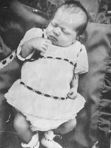 Azaria Chamberlain was Born