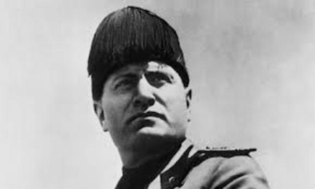 Mussolini's Fascist Party wins