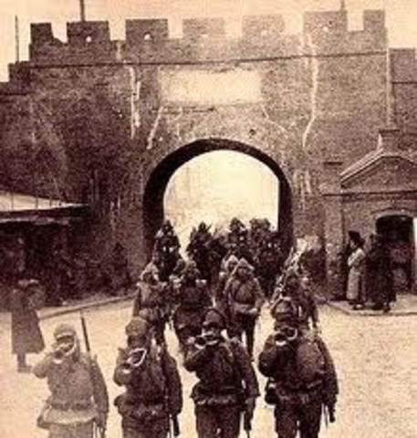 The Japanese army invades Manchuria