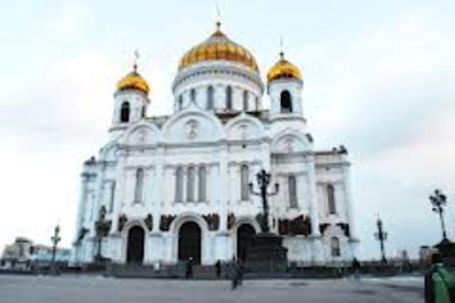 The Soviet government destroys the Christ the Savior Cathedral