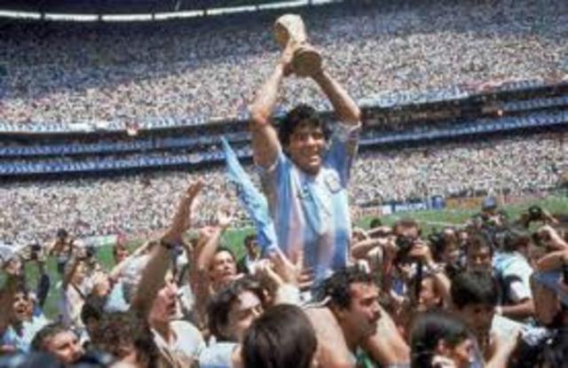 Maradona Rises