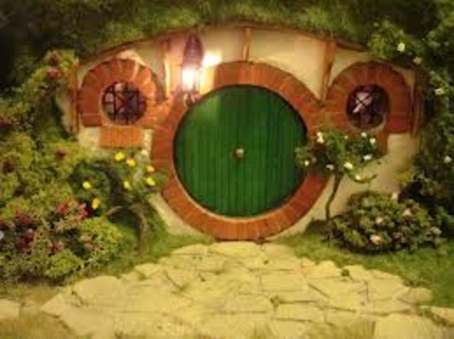 Book: 1 Chapters 1-3 Frodo is left Bag End and The Ring