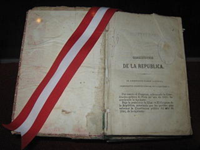 Se publica la primera constitución del Perú