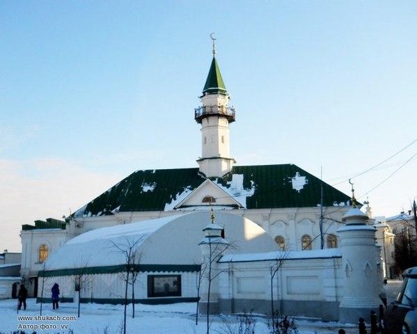 Строительство каменных мечеей и медресе