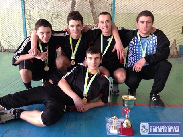 В Керчи прошли финальные матчи по мини-футболу