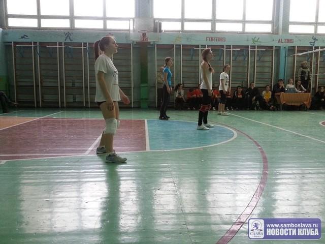 Волейбол: обзор серии игр среди девушек