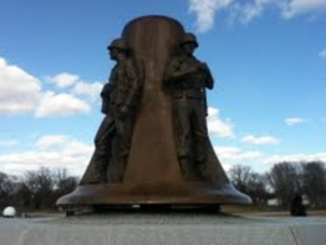 Illinois War Memorials