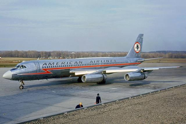 First Successful Commerical Jet Airliner Debuted