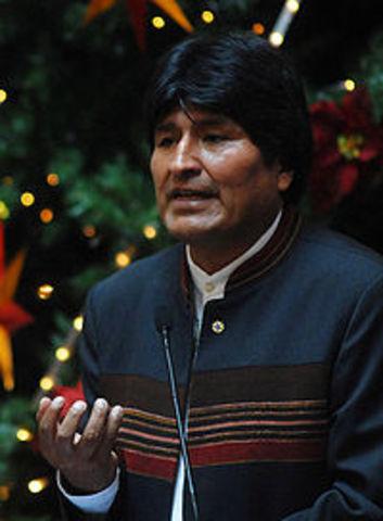 Evo Morales asume presidencia de Bolivia