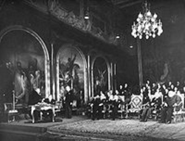 In order to protect Europe from Communism, the Brussels Pact is signed.
