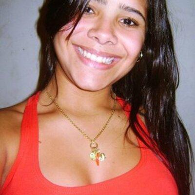 Sweet Dreams Marina Isabelle Lessa. timeline