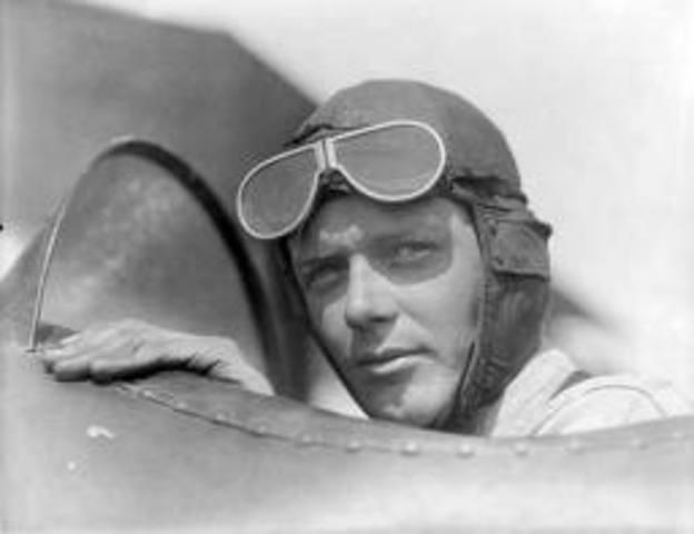 Charles Lindbergh(Flight)