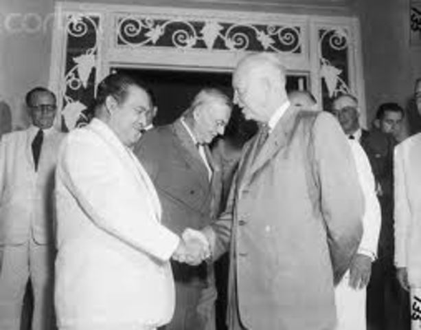 President Eisenhower severs diplomatic relationship with Cuba and closes the embassy (US) in Havana.