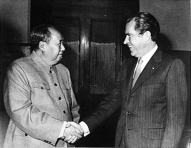 For the first time, a US president, Nixon, visits the People's Republic of China.