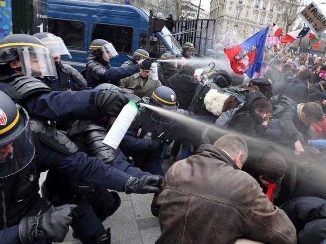 Le Printemps Français entre en résistance