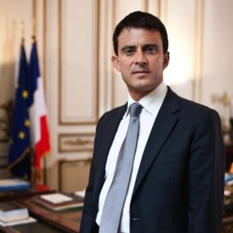Le Ministre Manuel Valls défend les forces de police