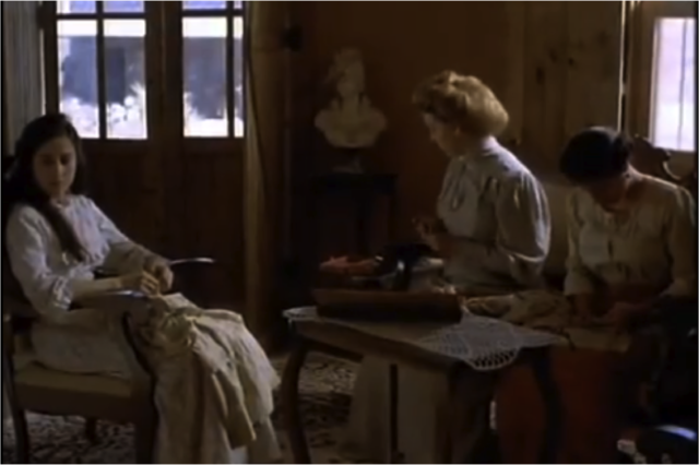 Discusión entre Mama Elena y Tita