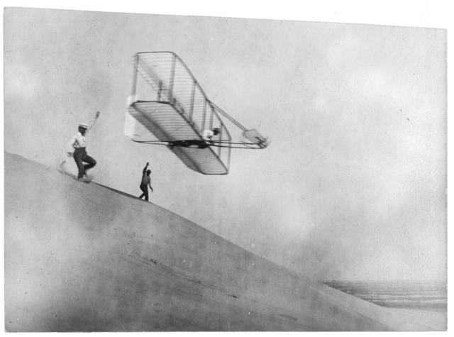 When airplanes were invented and who