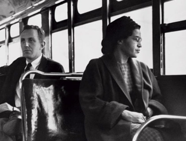 Rosa Parks refusing to give up seat