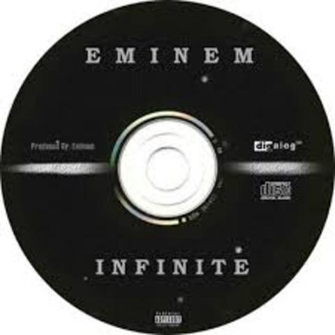 Primer Álbum INFINITE