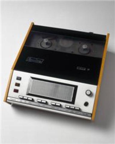 Digital Answering Machine