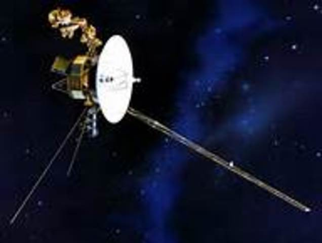 Voyager 1 Lauched