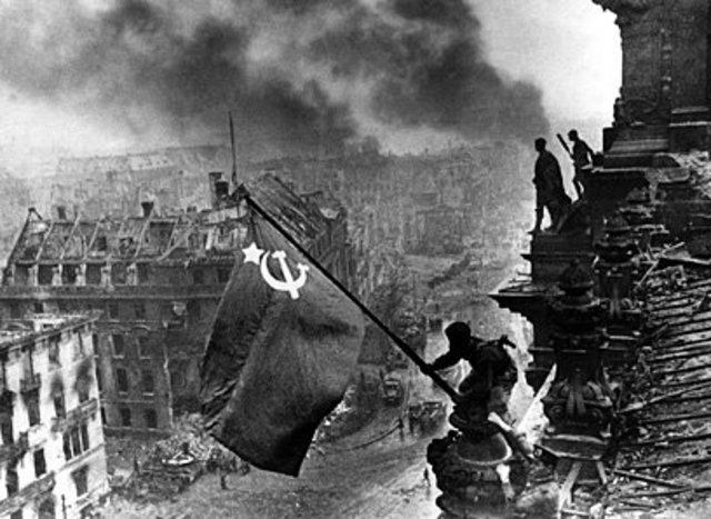 Chapter 18 Section 2 Capturing of Berlin