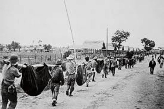 Philippines fall to Japanese – Bataan Death March