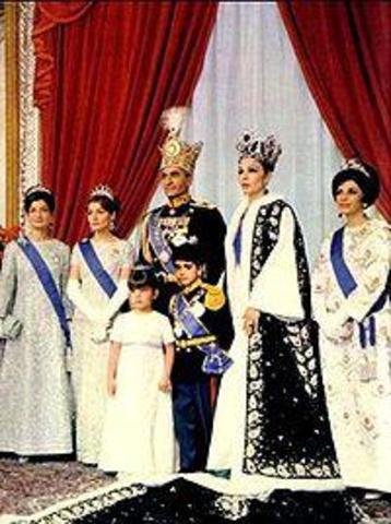 1925-1979: Rule of the Pahlavi Royal Family (Reza Shah and son Muhammad Reza Shah)