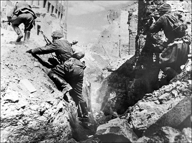 Chapter 18 Section 2 Battle of Stalingrad