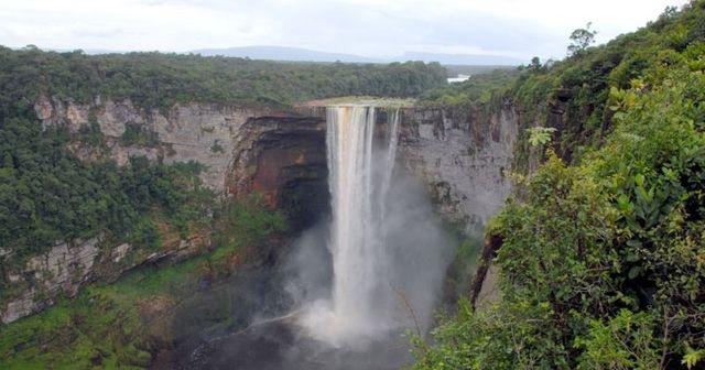 Emacipacion de Guayana Francesa(dependiente)