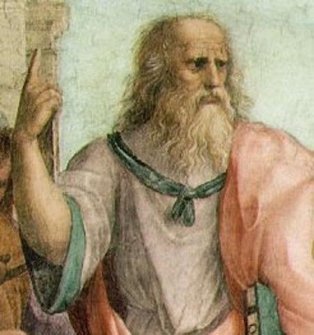 Platón comienza a ver la relación individuo - sociedad