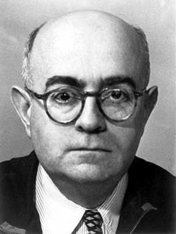 2)  Adorno y sus hallazgos