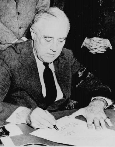 Chapter 17 Section 4: U.S. Declares War