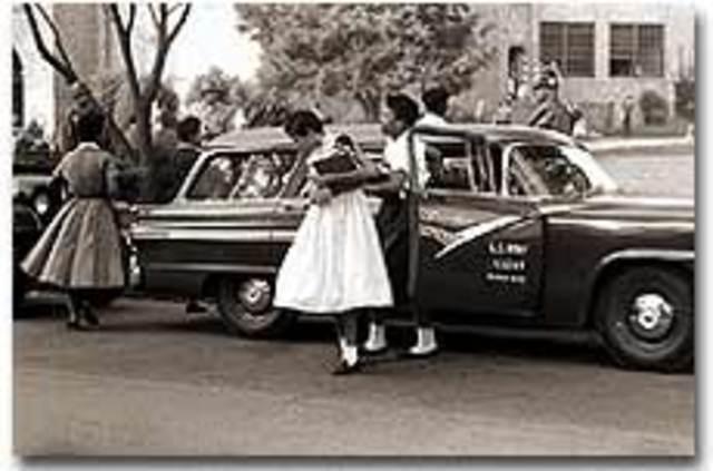 Eisenhower sends troops to Little Rock