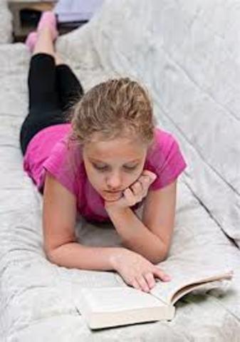 Cuando yo tenía cinco años,yo obiaba toms siesta, yo iba a la escuela privada, y yo decía de todos.