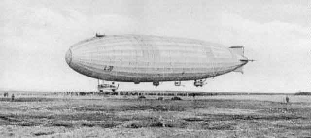 Premier Zeppelin abattu