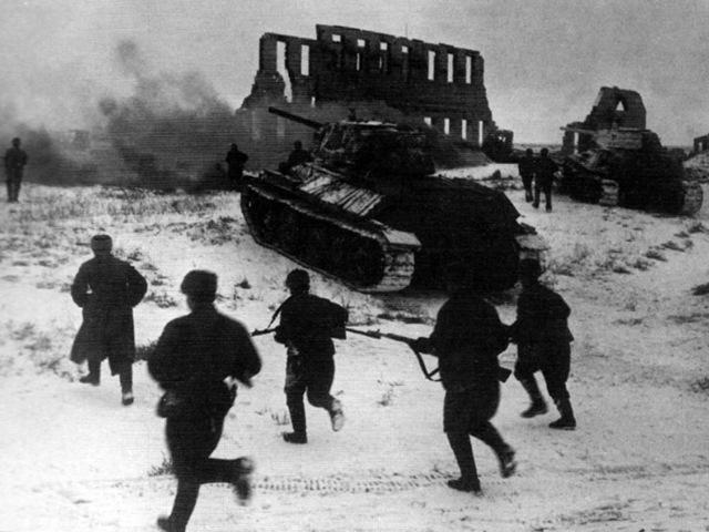Освобождение Курска, оказание помощи воинам