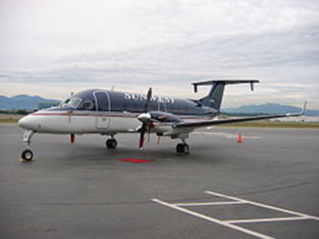 US Airways Express Flight 5481 crashes at Charlotte/Douglas International Airport in Charlotte, North Carolina, killing all 21 people aboard.