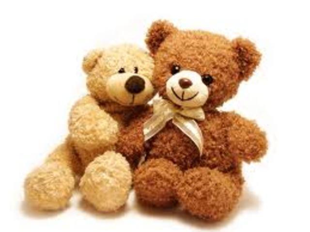 Cuando yo tenía doce años yo cargía un oso de peluche, yo copíaba mi hermana, y yo corría mucho en el parque.