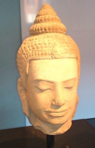 Buddha Head, Khmer Empire