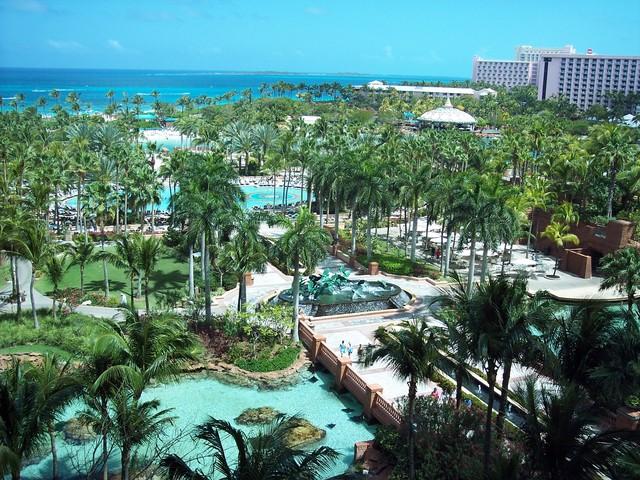 La Bahamas-- El veintiocho de abril, dos mil cinco